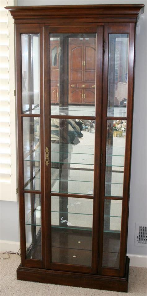 050446 ethan allen mahogany glass curio cabinet lot 50446