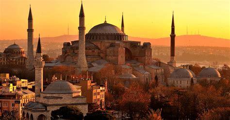 beruehmtes istanbuler wahrzeichen hagia sophia wird zur