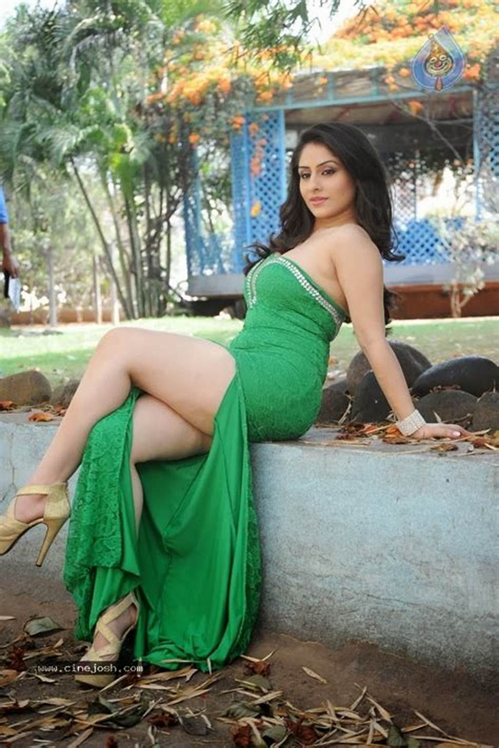 #Nude #Indian #Girls #And #Bhabhi #Pictures #Ankita #Sharma #South