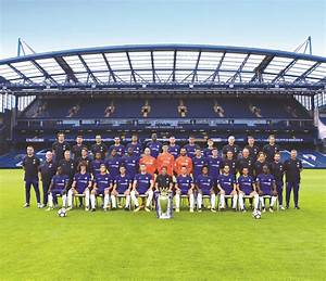 Chelsea's official squad photo for the 2017/18 season.
