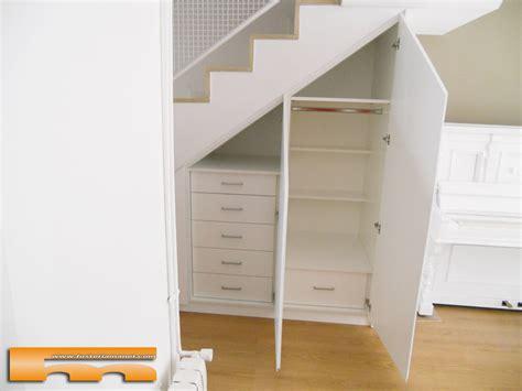 armario  medida abuhardillado bajo escalera barcelona