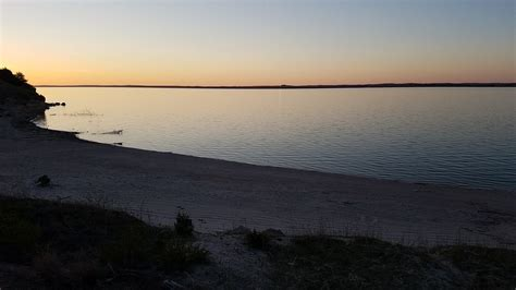 Premier Lake Mcconaughy Home In Best Locati...