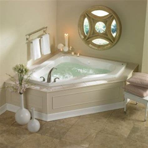 Small Jetted Tub by Corner Jetted Tub For The Home In 2019 Bathtub