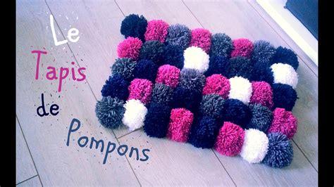 faire un pompon en diy comment faire un tapis avec des pompons
