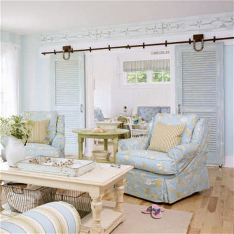 cottage living rooms mix don t match maine getaway coastal living Coastal