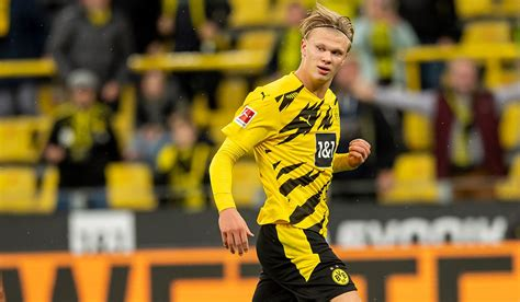 Erling haaland is the cousin of albert tjaland (molde fk youth). Chelsea Planning Ambitious Move For Dortmund Ace Erling ...