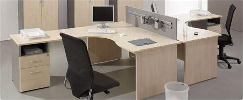 bureau d angle professionnel pas cher mobilier de bureau pas cher bureau droit bureau compact