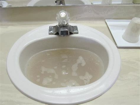 clear clogged bathroom sink val betti plumbing blog valbetti