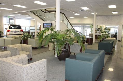 bill wright toyota    reviews car dealers