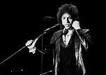 Bob Dylan is a great singer.