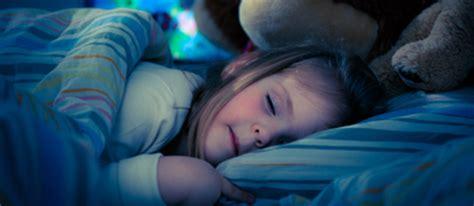 rideaux pour chambre à coucher le sommeil chambre à coucher enfants et différence