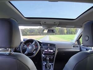 Vw Golf Mit Schiebedach : g7 highline sunset red innen 4 panorama vw golf 7 au 1 4 tsi von lisur fahrzeuge 206294500 ~ Jslefanu.com Haus und Dekorationen