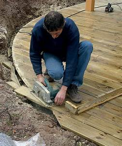Poids D Une Stère De Bois : r ussir les arrondis d 39 une terrasse en bois diy family ~ Carolinahurricanesstore.com Idées de Décoration