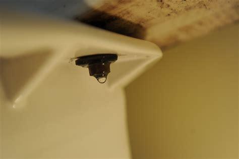 how do you fix a leaky kitchen faucet toilet bowl leaking toilet bowl toilet repair flush valve