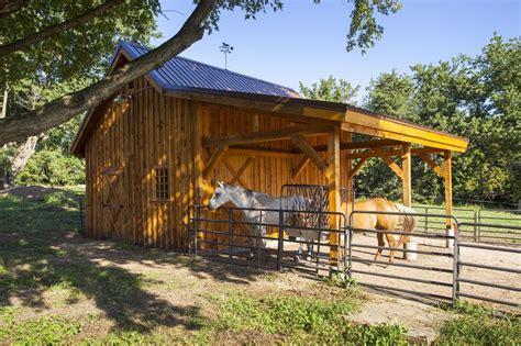Wood Horse Barn #horsebarn