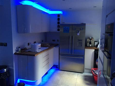 kitchen plinth lighting choose leds for plinth kickboard skirting board feature 2449