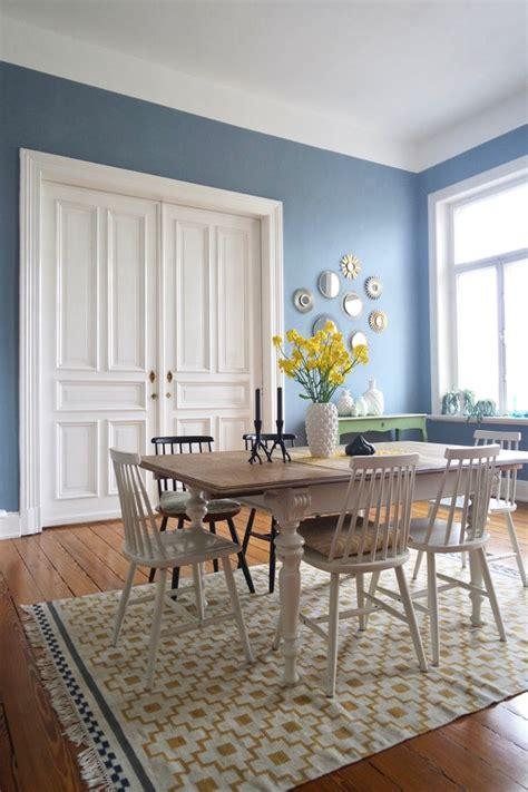 Blaue Wandfarbe Wohnzimmer by Wandfarbe Blau Und Petrol Die Besten Ideen F 252 R Blaut 246 Ne