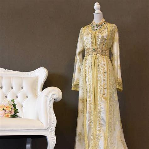 Caftan de mariée doré