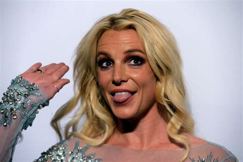 [fan base] Britney Spears - Page 4009 - Base - ATRL