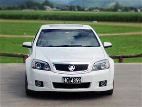 Airport Driver Service by Luxury Airport Transfers Gold Coast To Byron Bay Airport