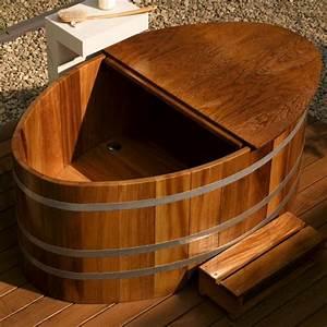 Badewanne Für Draußen : outdoor badebottiche regentonnen hot tubs ~ Michelbontemps.com Haus und Dekorationen