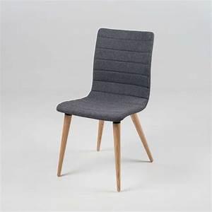 Chaise Bébé Scandinave : chaise scandinave en tissu et bois doris 4 pieds tables chaises et tabourets ~ Teatrodelosmanantiales.com Idées de Décoration