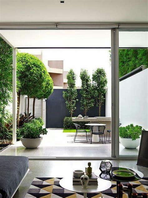 pin oleh andi home decor patio tanaman rumah desain produk