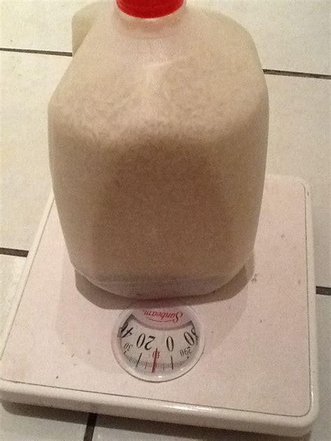 kettlebell diy milk jug empty waiting gym 10lb creates filling rice