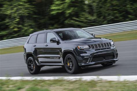 trackhawk jeep cherokee 2018 jeep grand cherokee trackhawk full details
