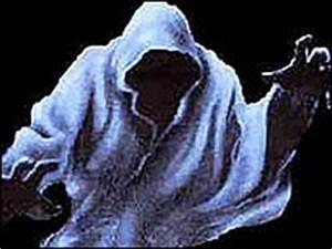 Unexplained Australia - Dark Hooded Figures