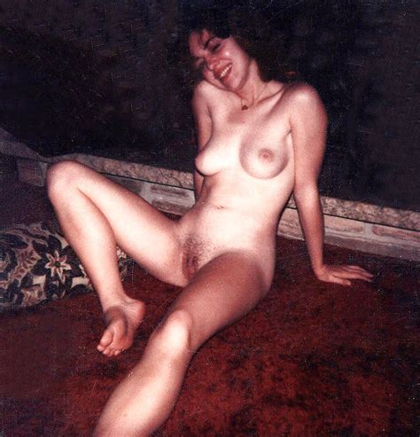 Real Polaroid Amateurs Pre Digital Wives And Girlfriends 3