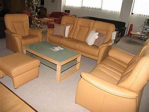 Sofa Und Co : sofas und couches hukla mod roma klassische couch garnitur in leder braun sonstige m bel von ~ Orissabook.com Haus und Dekorationen