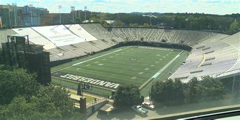 Vandy only allows 'select' few students into stadium ...