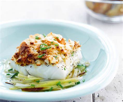 cuisine sole astuce du chef cyril lignac crumble de poisson aux amandes