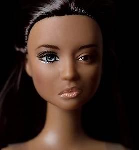 The Plastic Bodies Campaign Explores Unrealistic Beauty ...