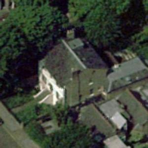 lewis hamiltons house  kensington united kingdom