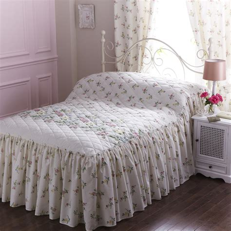 vantona country rosalyn quilted fitted bedspread multi