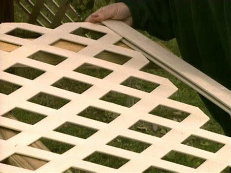 How To Build A Lattice How To Build A Lattice Wall Beneath Your Deck How Tos Diy