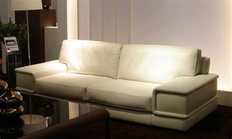 acheter un canapé pas cher comment acheter un canapé cuir ivoire pas cher canapé