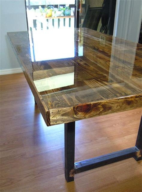 reclaimed wooden pallet dining table pallet furniture plans