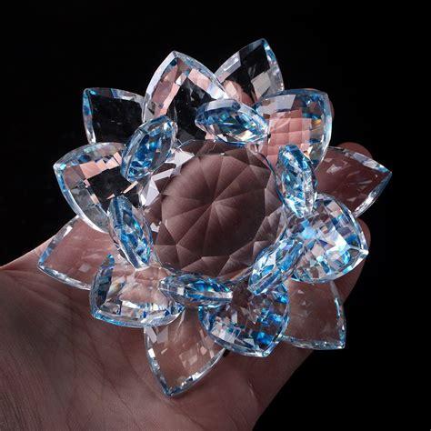 Floare de lotus albastra din cristal - Remediu Feng Shui pentru purificare.