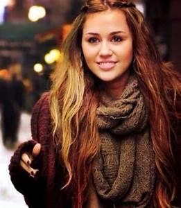 10+ Miley Cyrus Long Straight Hair | Hairstyles & Haircuts ...