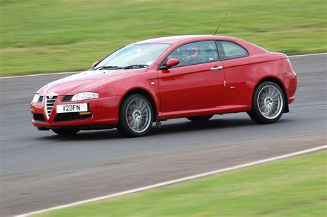 Alfa Romeo V6 by Alfa Romeo Gt 3 2 V6 Laptimes Specs Performance Data