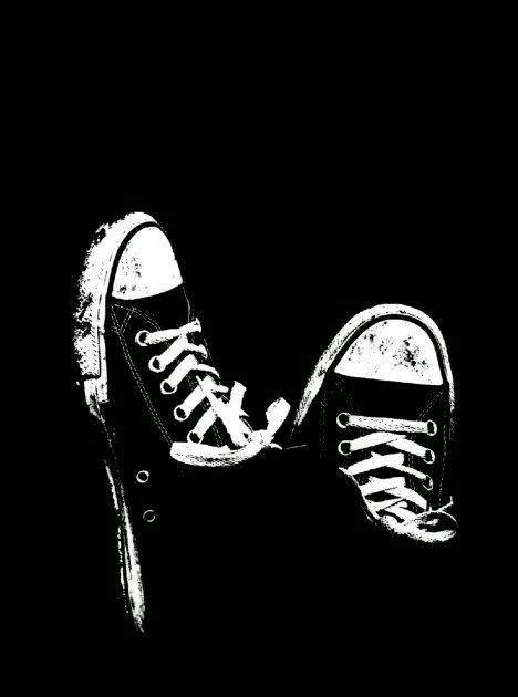 wallpaper hitam putih keren iphone gambar ngetrend  viral