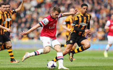 arsenal midfielder aaron ramsey scores quality goal after build up play against