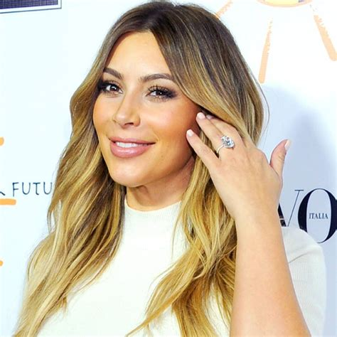 Kim's Huge Engagement Ring: See the First Clear Shot! - E ...