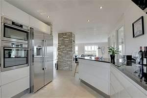 Moderne Küchen 2017 : moderne k chen mit halbinsel ~ Michelbontemps.com Haus und Dekorationen