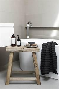 Hocker Für Bad : einige sch ne badezimmer hocker designs ~ Buech-reservation.com Haus und Dekorationen