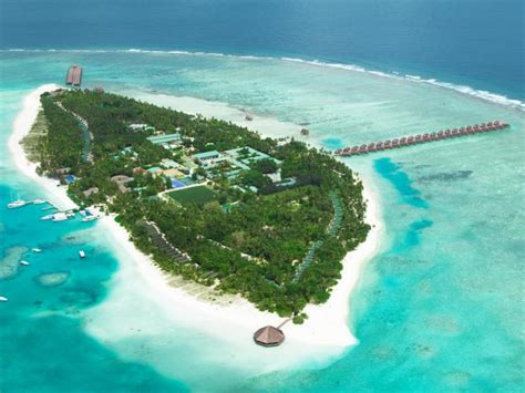 Meeru Island Resort & Spa In Maldives Islands