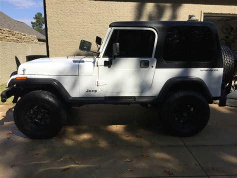 white jeep wrangler 2 door 1994 jeep wrangler se sport utility 2 door 4 0l 5 speed ac